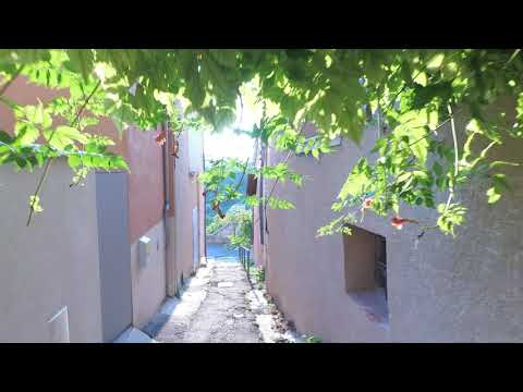 Discover Moustiers Sainte-Marie in South of France
