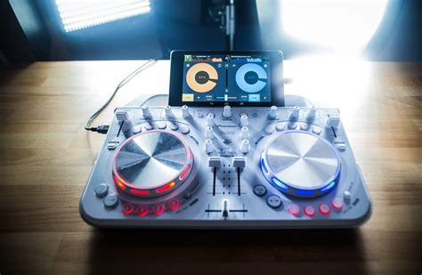 Mixvibes Cross DJ for Android supports more controllers