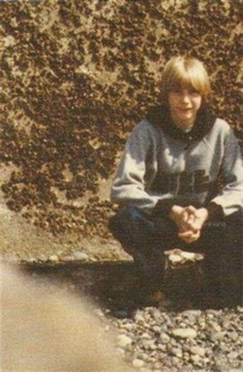 Early Kurt Cobain Photos Discovered (Baby- Childhood-Young