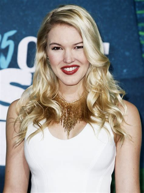 Ashley Campbell Net Worth – Height, Weight, Age