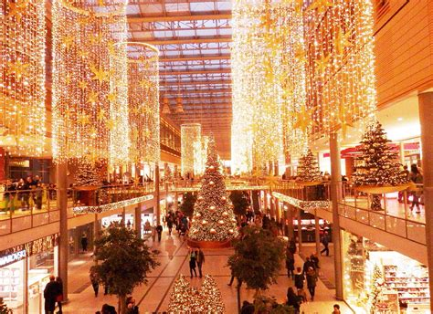 Lovely Christmas decorations at a mall in Berlin